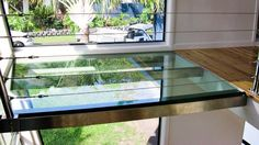 World of Architecture: Top 17 Glass Floor Ideas For Ultra Modern Homes Slate Flooring, Concrete Floors, Ikea Flooring, Penny Flooring, Garage Flooring, Vinyl Flooring, Kitchen Flooring, Floor Design, House Design