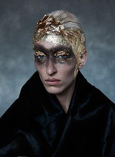 Maggie Maurer by Sølve Sundsbø for Beauty Papers Spring/Summer 2017.  Fashion Editor: Nick Royal  Hair: Chloe Frieda  Makeup: Stephane Marais