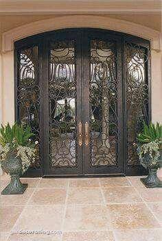 Resultado de imagen para front door with built in screen Front Door Design, Gate Design, House Design, Iron Front Door, Front Entry, Front Doors, Door Entryway, Entrance Doors, Exterior Design