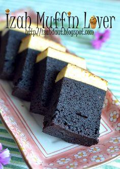 Izah Muffin Lover: Kek Karemel Coklat Moist (Mlong)