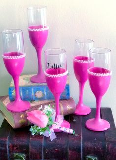 This listing is for ONE Custom designed, Handmade glitter wine glass/toasting flute with pearl or rhinestone trim WITHOUT name, title or numeric decals! Flowers Wine, Different Wines, Wine Glass Crafts, Toasting Flutes, Sparkling Wine, Baby Bottles, Glass Design, 21st Birthday, Colored Glass