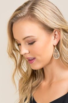 Rebecca Ombré Woven Bead Drop Earring - gray-clmodel