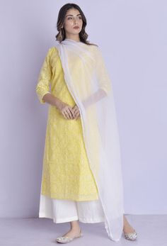 Rangpur Blended Cotton Kurta with Palazzo and Dupatta Set in Yellow Dress Indian Style, Indian Dresses, Indian Outfits, Simple Pakistani Dresses, Pakistani Dress Design, Kurta Palazzo, Palazzo Suit, Casual Dresses, Fashion Dresses