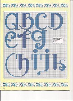Adoro bordar letras e por isso, trouxe esse monograma superfácilde fazer hoje pra vocês !!           Um beijinho e até a proxima !!