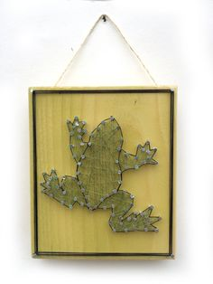 Tree Frog String Art Home or Office Decor by Edgeofthewoodsart