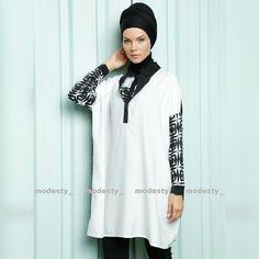 "Damen Tunica ""Luvice""  Link in der Bio Folgen zum Shoppen  Preis 52.90 Euro Grössen M bis XXL  #hijabgermany #hijabdeutschland  #hijab #hijaboftheday #hotd #love #hijabfashion #hijabilookbook #fashion #thehijabstyle #hijabmodesty #modesty #hijabstyle #hijabistyle #fashionhijabis #hijablife #hijabspiration #hijabcandy #hijabdaily #hijablove #hijabswag #modestclothing #fashionmodesty #thehijabstyle"