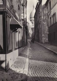 Fred Stein Cobblestones, Montmartre, Paris 1933