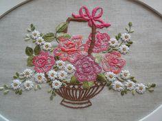 Bandeja com cesta de flores... ...