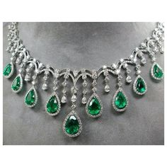 This Magnificent Emerald and Diamond Necklace is perfect for your special event… Diamond Earrings Indian, Emerald Necklace, Diamond Solitaire Necklace, Emerald Jewelry, Diamond Pendant Necklace, Stone Necklace, Diamond Jewellery, Royal Jewelry, Gems Jewelry