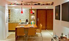 bancada grande que pode ser adaptada numa cozinha americana miúda