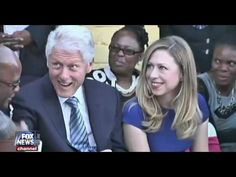 "Haitian President EXPOSES the Clinton Foundation: ""Hillary Clinton tried to bribe me!"" - YouTube"