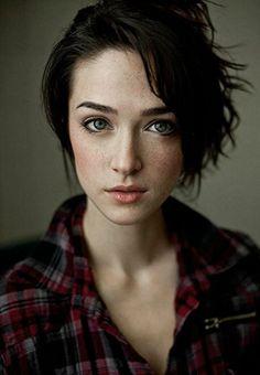 Resultado de imagem para female face reference