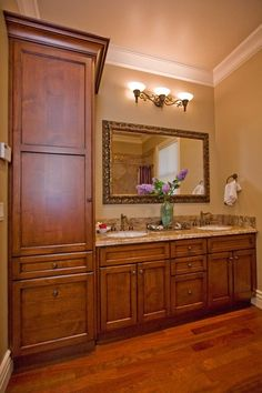 Bathroom Double Sinks - don't like the colors, but like the style. Very traditional.