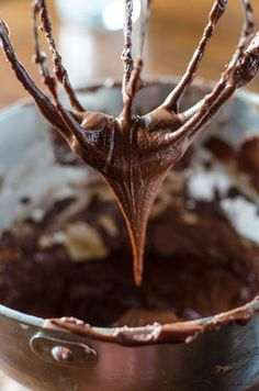 Dark Chocolate Fudge Frosting | Go Go Go Gourmet @gogogogourmet