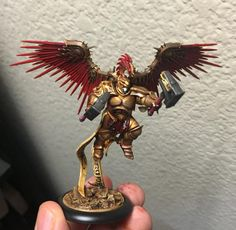 Work in progress on the celestial winged guys from the new Age of Sigmar box…