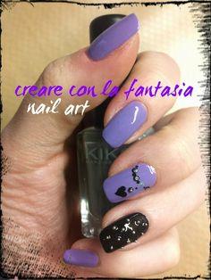 Nail art - Rock - borchie #nailart #smalto #unghie #nails #rock #borchie #concertorock