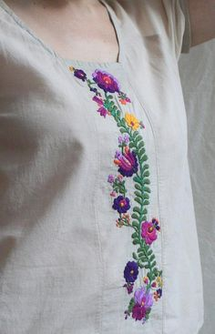 Embroidery Projects Cabbage Rose Fancy Hungarian embroidery pattern (PDF) by Kate Embroidery On Clothes, Embroidery Suits, Learn Embroidery, Hand Embroidery Designs, Embroidery Patterns, Embroidery Jewelry, Chain Stitch Embroidery, Embroidery Stitches, Machine Embroidery
