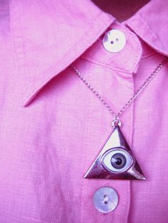 Evil Eye Triangle Necklace// Reserved for SARAH by Collectiv i also will get it Triangle Art, Triangle Necklace, Evil Eye, Pendant Necklace, Jewels, Silver, Pastel, Necklaces, Jewelery
