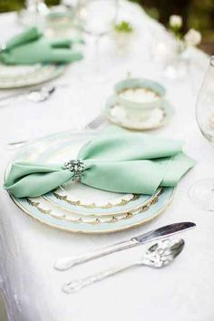 Elegant Mint Silver and Gilded Gold Table