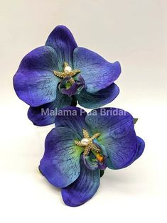 Custom Made Real Touch Blue Orchids with hand wired crystal starfish with Freshwater Pearl Center. Bridal Hair Flowers, Silk Flowers, Fascinator, Headpiece, Flower Hair Pieces, Beach Wedding Hair, Silk Hair, Blue Orchids, Flowers For You