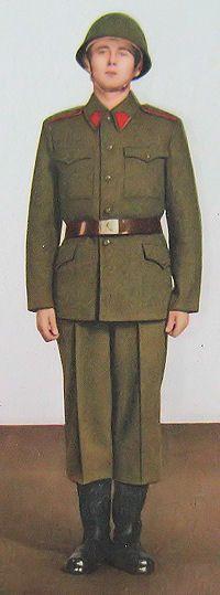 1959 pattern Czechoslovak People's Army (ČSLA) enlisted soldiers' summer field uniform.