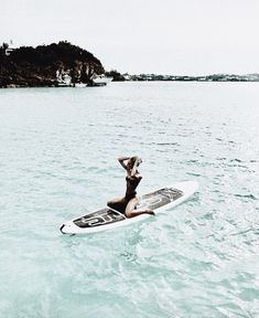 The first thing I do every early morning is go online to check the surf. If the waves are good, I'll go surf. Beach Pink, Beach Bum, Ocean Beach, Beach Aesthetic, Summer Aesthetic, Aesthetic Girl, Foto Top, Sup Stand Up Paddle, Sup Yoga