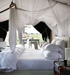 12 Summery Mosquito Nets
