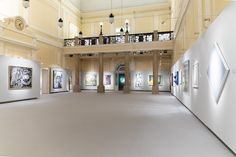 Discover more than 300 years of auction history at Palais Dorotheum in Vienna! Antiques Online, Central Europe, Vienna, Contemporary Art, Auction, Fine Art, Mansions, History, House Styles