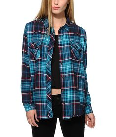 Take your style to the next level with this relaxed shirt cut with a soft and thick flannel construction adorned in a teal an red plaid print.