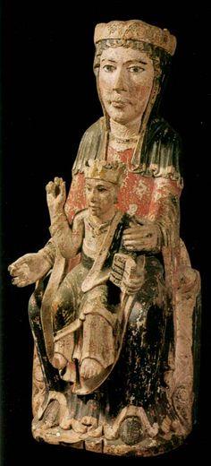 Virgen con el Niño. Talla policromada del siglo XIII. Iglesia de Sant Martí (Alta Cerdaña)