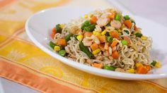 Ramen Stir-fry by Camilla Alves Ramen Recipes, Stir Fry Recipes, Fish Recipes, Asian Recipes, Cooking Recipes, Healthy Recipes, Asian Foods, Noodle Recipes, Yummy Recipes