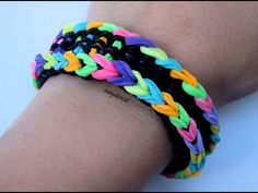 Pulsera de gomitas Loch Ness monster / Loch Ness monster bracelet