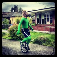 Keeping Portland Weird...In Multnomah Village. I repined this from http://media-cache-ec1.pinterest.com/originals/b7/4f/2f/b74f2fa3f2f2c520c769d0e40365d6d0.jpg