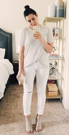 A Beige Shirt, White Jeans, and Beige Mules