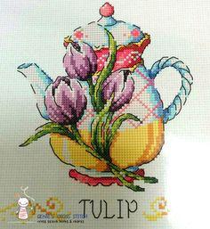 Tetera de flor cruz puntada patrón folleto. por GeniesCrossstitch