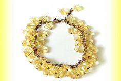 Súpravička obsahuje náramok a náušničky. Náramok pozostáva z tlačeného skla (jablonex group) naketlované na staromedenej retiazke.  Náušničky sú z rovnakého materiálu :)  Šperky sa budú krásne vynímať na opálenej pokožke! Stars, Bracelets, Gold, Jewelry, Jewlery, Jewerly, Schmuck, Sterne, Jewels