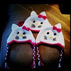 Crochet hello kitty beanies :)