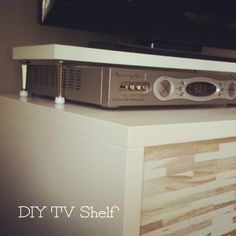this is going to come in handy while i'm staying with the cousins... diy tv shelf