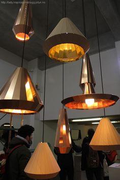 Kobberlamper Designing Women, Ceiling Lights, Lighting, Decoration, Lady, Amazing, Home Decor, Metal, Decor