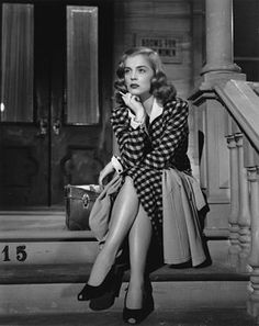 "Lizabeth Scott was a terrific actress with a ""smokey voice"". She was born September 29, 1922-D: January 31, 2015."