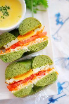 Incredible Hulk Bagels with veg insides.