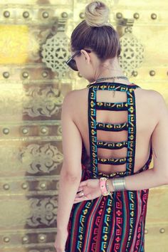 Hippie Style ♥ i love the back of this dress