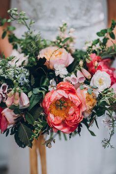 Pretty pink wedding bouquet | Image by Matt Horan Photography