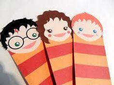 Resultados da Pesquisa de imagens do Google para http://www.girlgonegeekblog.com/wp-content/uploads/2012/04/harry-potter-bookmark-by-beth-yates.jpg