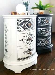 love these! Funky Furniture, Refurbished Furniture, Paint Furniture, Repurposed Furniture, Furniture Projects, Furniture Decor, Diy Furniture Renovation, Furniture Makeover, Diy Nightstand