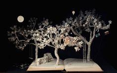 book art artwork sculptures 15 Insane artwork made from my old nemesis    books (35 Photos)
