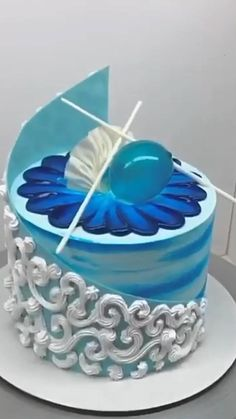 Cake Decorating Frosting, Cake Decorating Videos, Cake Decorating Supplies, Cake Decorating Techniques, Beautiful Cake Designs, Beautiful Cakes, Cake Recipes In Hindi, Cake Decorating Turntable, Piano Cakes