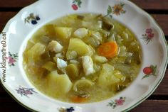 Porrusalda Cheeseburger Chowder, Food, Chowders, Cooking Recipes, Basque, Kitchens, Hoods, Meals