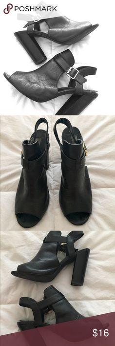 """Steve Madden black sandals w gold buckle Sz 9 Fun Black high heel sandals with 4"""" heel and gold buckle by Steve Madden. Great worn shape. Fun with jeans or dress them up and wear with that little black dress. Steve Madden Shoes Sandals"""