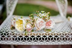 flower crown with wax flowers Wax Flowers, Winter Garden, Planting Flowers, Eye Candy, Wedding Decorations, Entertaining, Rose, Floral Crowns, Pretty